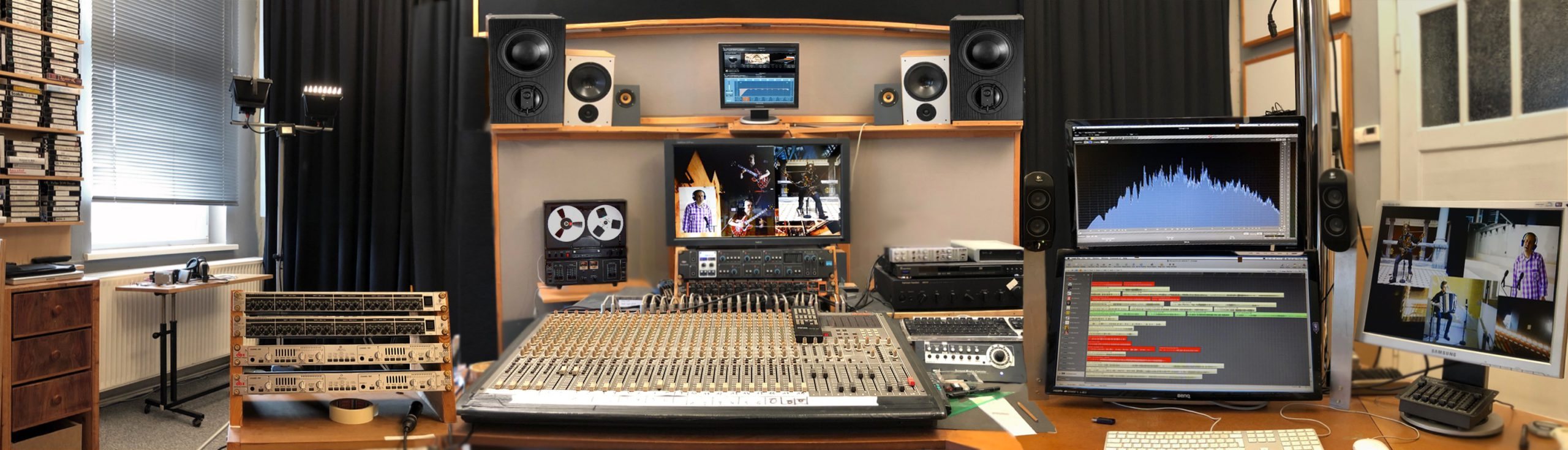 Studio Panorama alt geputzt
